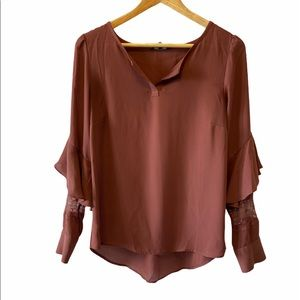 RW & Co Rust Chiffon Lace Flutter Sleeve Top M